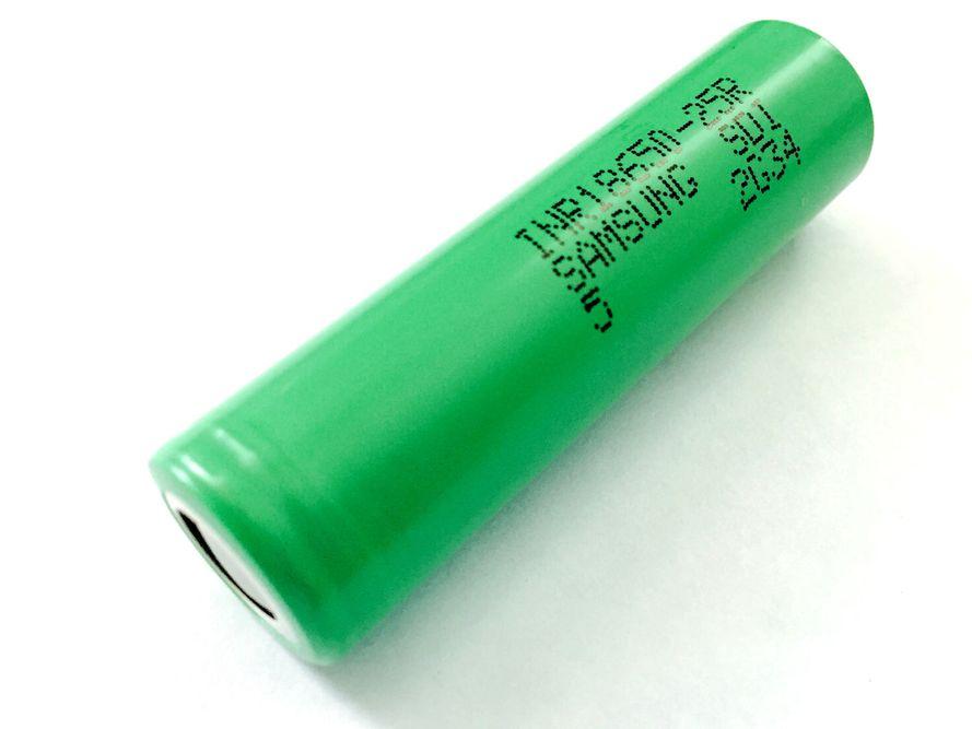 Samsung 18650-25R 2500 mAh mAh Li-Mn akku ilman suojapiiriä - Jopa 20 A